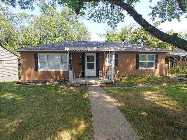 5437 Myrtle Avenue, Kansas City, MO 64130 (#2336590) :: Tradition Home Group | Compass Realty Group