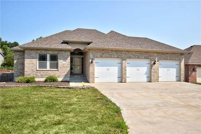 20912 E 50th Terrace, Blue Springs, MO 64015 (#2336666) :: Austin Home Team