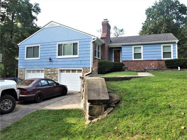 6103 Melrose Lane, Shawnee, KS 66203 (#2336689) :: The Kedish Group at Keller Williams Realty