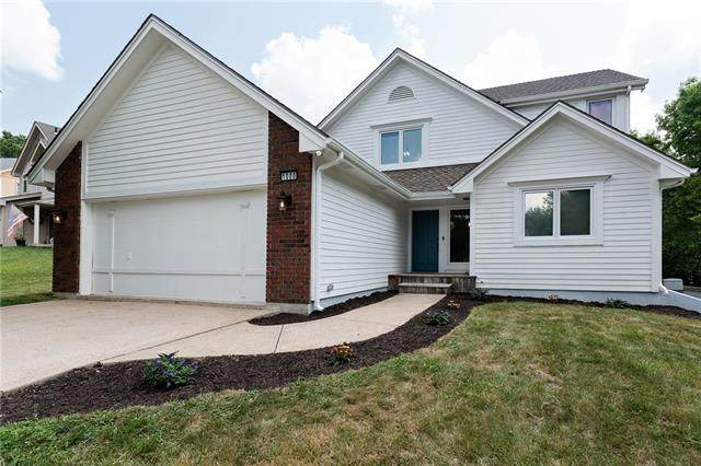 1000 NE 85th Terrace, Kansas City, MO 64155 (#2336699) :: Eric Craig Real Estate Team