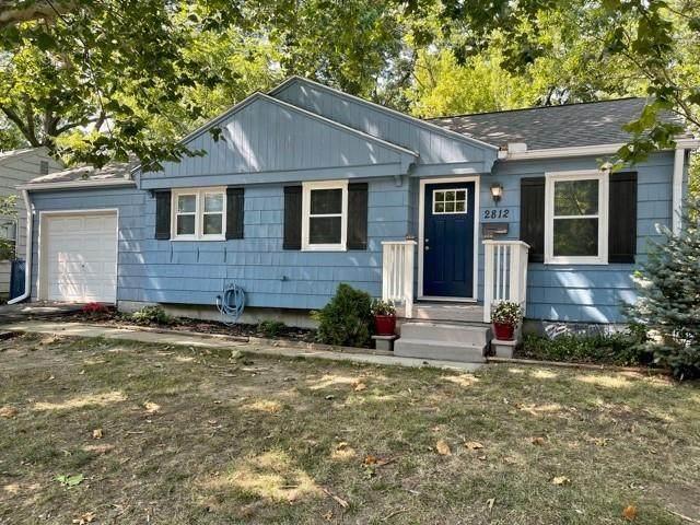 2812 W 75th Street, Prairie Village, KS 66208 (#2336704) :: Austin Home Team