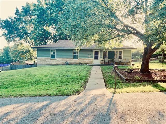 2736 N 66th Terrace, Kansas City, KS 66104 (MLS #2336717) :: Stone & Story Real Estate Group