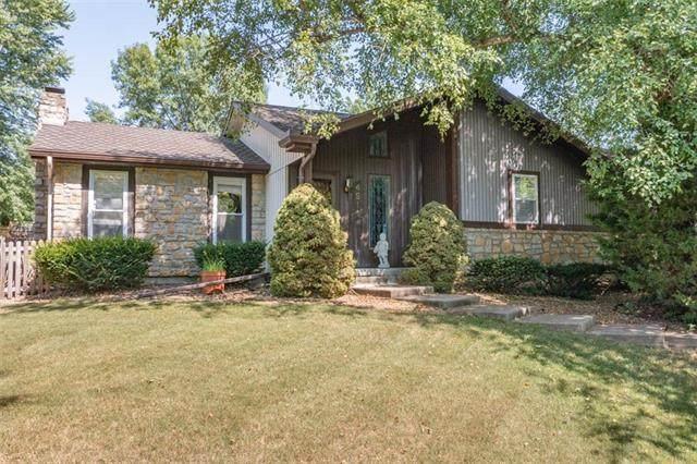 4513 N 123rd Terrace, Kansas City, KS 66109 (#2336755) :: Austin Home Team