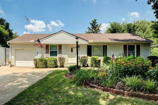 6004 E 100th Terrace, Kansas City, MO 64134 (#2336761) :: The Rucker Group