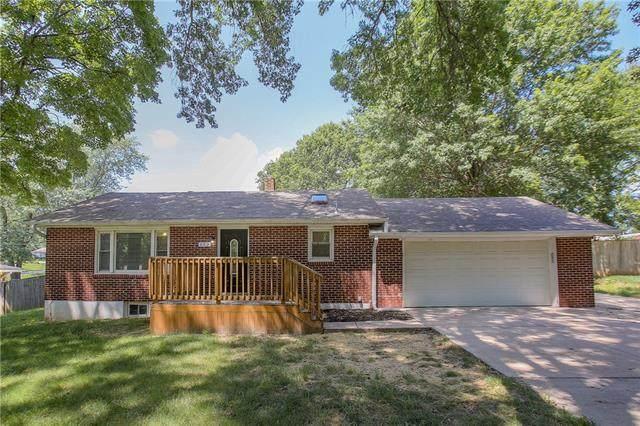 612 NE 87th Terrace, Kansas City, MO 64155 (#2336806) :: Eric Craig Real Estate Team