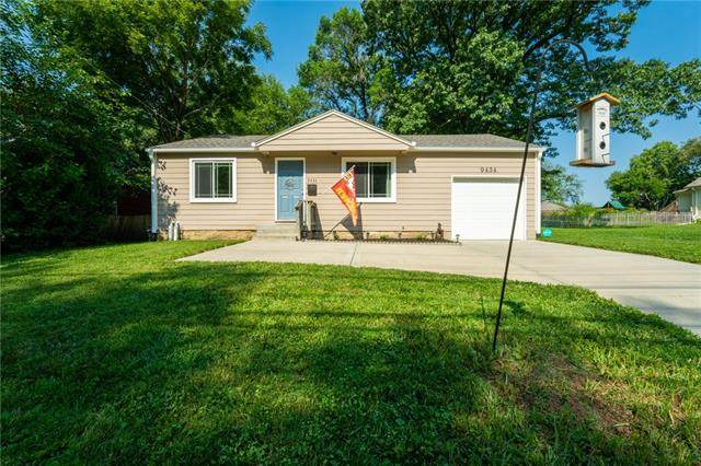 9434 Pflumm Road, Lenexa, KS 66215 (MLS #2336817) :: Stone & Story Real Estate Group