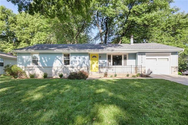 5242 Fontana Street, Roeland Park, KS 66205 (#2336907) :: Tradition Home Group | Better Homes and Gardens Kansas City