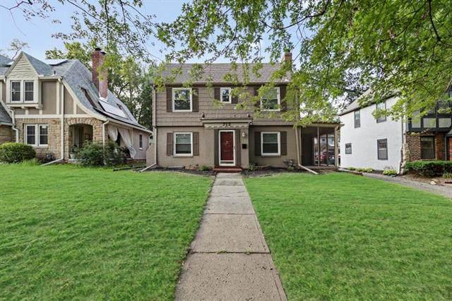 712 E Gregory Boulevard, Kansas City, MO 64131 (MLS #2336979) :: Stone & Story Real Estate Group