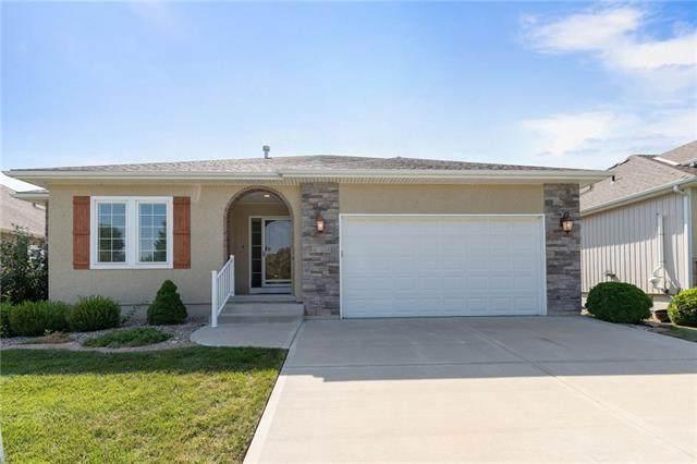 4804 SW Leafwing Drive, Lee's Summit, MO 64082 (#2336997) :: SEEK Real Estate