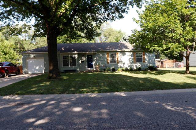 8959 Park Street, Lenexa, KS 66215 (#2337067) :: The Shannon Lyon Group - ReeceNichols