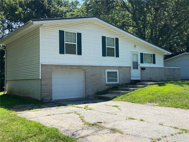 8505 Booth Avenue, Raytown, MO 64138 (#2337080) :: The Rucker Group