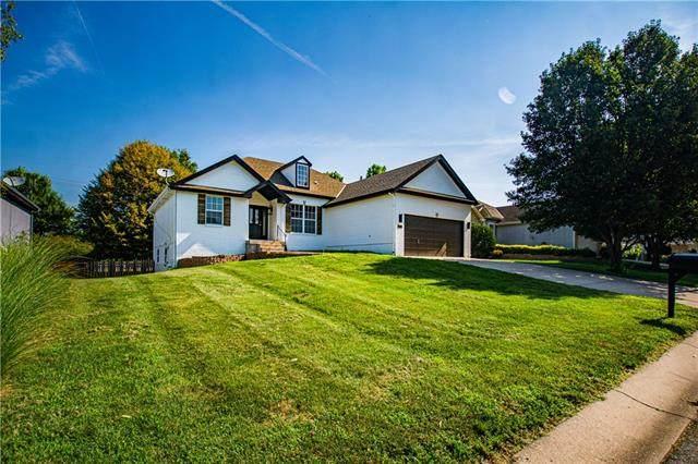 625 NE Shenandoah Drive, Blue Springs, MO 64014 (#2337092) :: Tradition Home Group | Better Homes and Gardens Kansas City