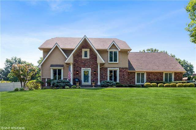 12009 W 150TH Circle, Olathe, KS 66062 (#2337094) :: Tradition Home Group   Compass Realty Group