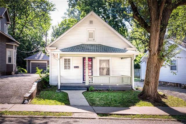 4409 Bell Street, Kansas City, MO 64111 (#2337144) :: The Kedish Group at Keller Williams Realty