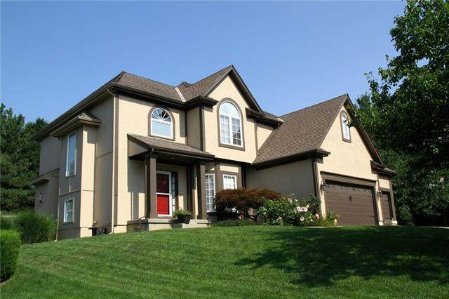 11908 Gillette Street, Overland Park, KS 66213 (#2337147) :: ReeceNichols Realtors