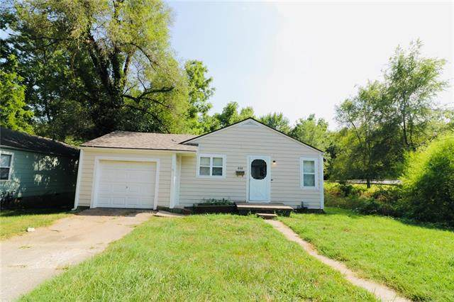 408 Christopher Street, Warrensburg, MO 64093 (MLS #2337194) :: Stone & Story Real Estate Group