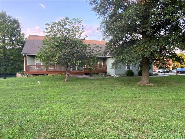 31970 W 89th Street, De Soto, KS 66018 (#2337201) :: Eric Craig Real Estate Team