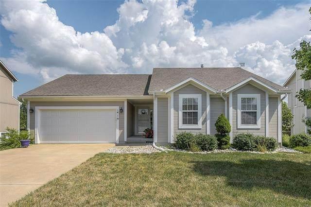 1419 Starbrooke Drive, Louisburg, KS 66053 (#2337220) :: Ron Henderson & Associates