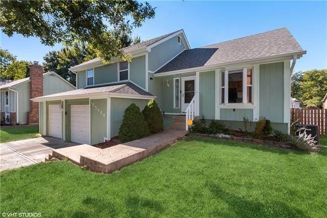 13944 S Sycamore Street, Olathe, KS 66062 (#2337261) :: Ask Cathy Marketing Group, LLC