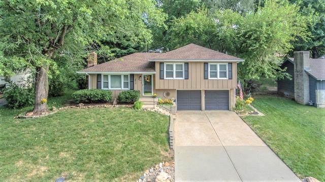 8002 E 91st Terrace, Kansas City, MO 64138 (#2337270) :: Audra Heller and Associates