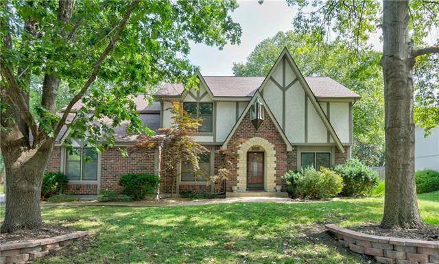 1308 12th Street, Blue Springs, MO 64015 (#2337313) :: Dani Beyer Real Estate
