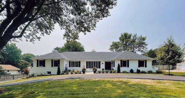 5205 W 83rd Street, Prairie Village, KS 66208 (#2337314) :: ReeceNichols Realtors