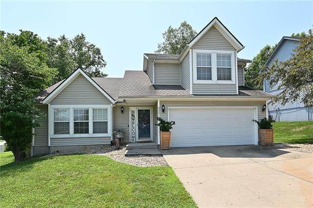 3301 NW 85TH Street, Kansas City, MO 64151 (#2337348) :: Eric Craig Real Estate Team