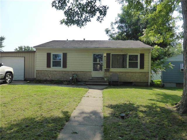 1515 N Pearl Street, Independence, MO 64050 (MLS #2337443) :: Stone & Story Real Estate Group