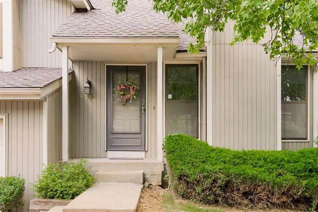 12734 W 108th Street, Overland Park, KS 66210 (#2337494) :: The Shannon Lyon Group - ReeceNichols