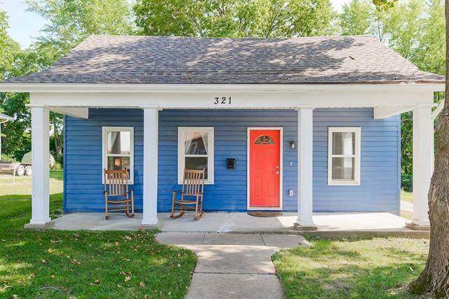 321 Choctaw Street, Liberty, MO 64068 (#2337529) :: Ask Cathy Marketing Group, LLC