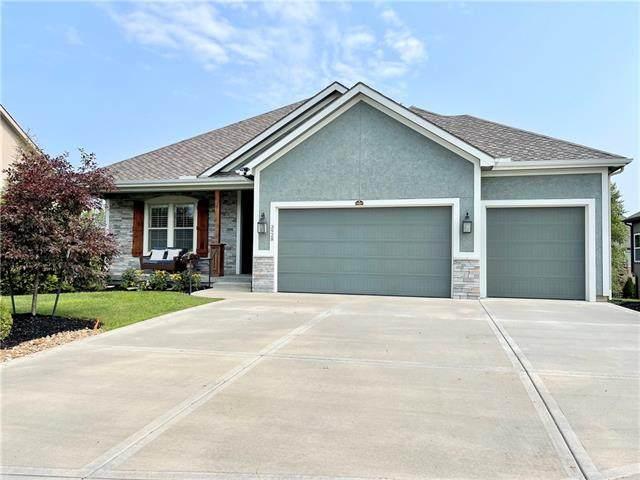 3928 21st Street, Leavenworth, KS 66048 (#2337532) :: Dani Beyer Real Estate