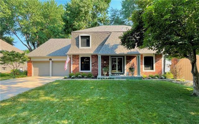11000 W 100th Street, Overland Park, KS 66214 (#2337569) :: Five-Star Homes