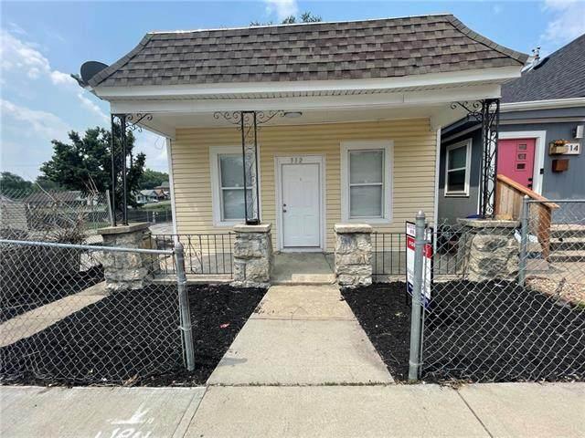 312 N 7th Street, Kansas City, KS 66101 (#2337593) :: Eric Craig Real Estate Team