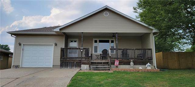 102 E 15th Street, Higginsville, MO 64037 (#2337629) :: Eric Craig Real Estate Team