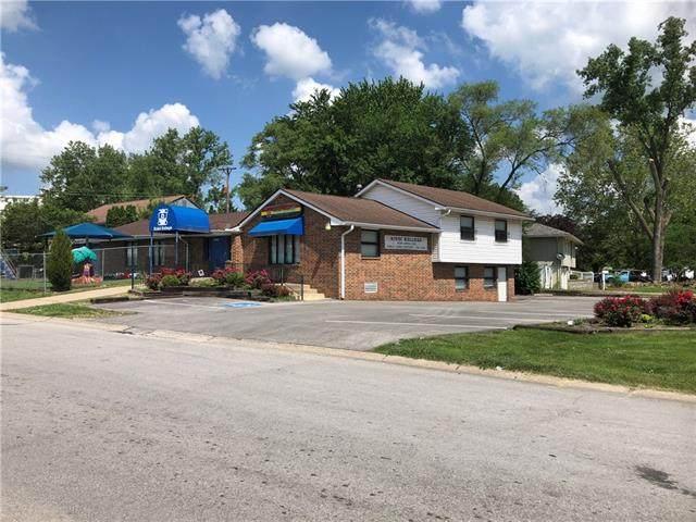 7502 Nebraska Avenue, Kansas City, KS 66112 (#2337657) :: Dani Beyer Real Estate