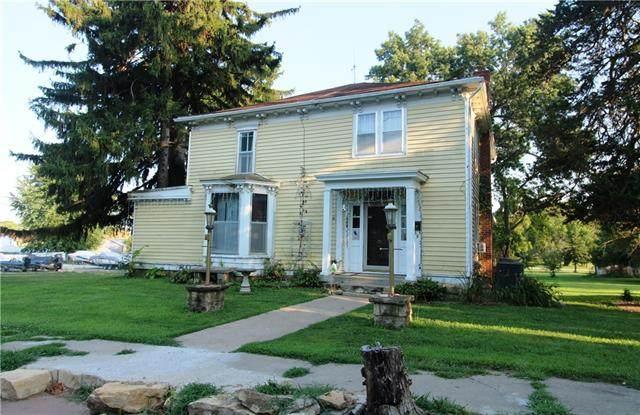 602 W Chestnut Street, Savannah, MO 64485 (#2337663) :: Five-Star Homes