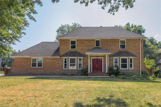 305 S Park Drive, Raymore, MO 64083 (#2337727) :: Tradition Home Group | Compass Realty Group