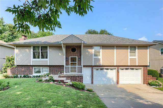 7316 N Atkins Avenue, Kansas City, MO 64152 (#2337780) :: Dani Beyer Real Estate
