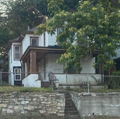 2212 Indiana Street, Kansas City, MO 64127 (#2337801) :: The Shannon Lyon Group - ReeceNichols