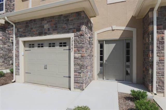 15861 Valley View Drive, Overland Park, KS 66223 (#2337829) :: Eric Craig Real Estate Team