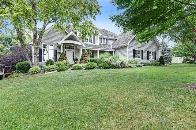 26100 W 111TH Terrace, Olathe, KS 66061 (#2337841) :: Eric Craig Real Estate Team