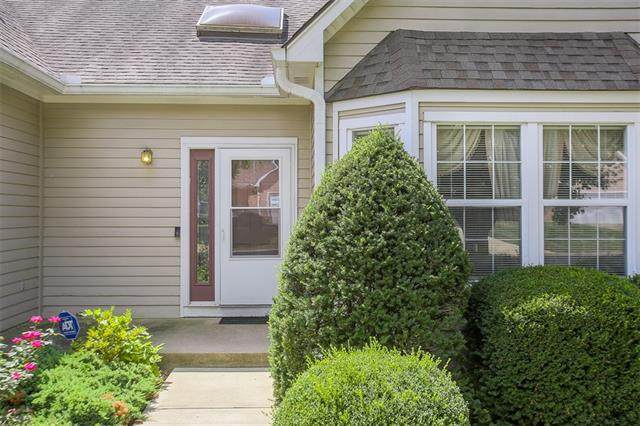 4318 S Milton Drive, Independence, MO 64055 (#2337866) :: The Rucker Group