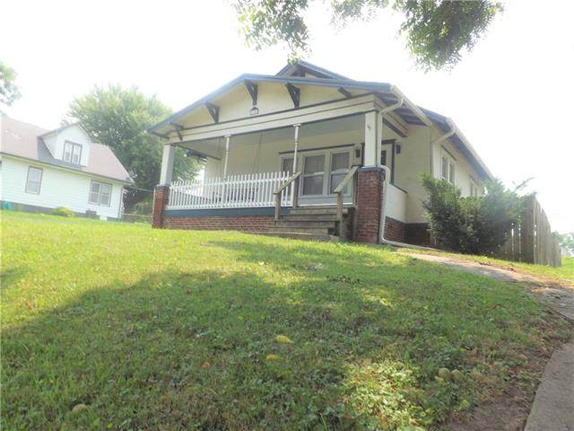 3316 Monterey Street, St Joseph, MO 64507 (#2337956) :: Eric Craig Real Estate Team