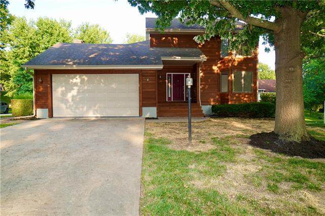 502 Tanglewood Drive, St Joseph, MO 64506 (#2337977) :: Austin Home Team