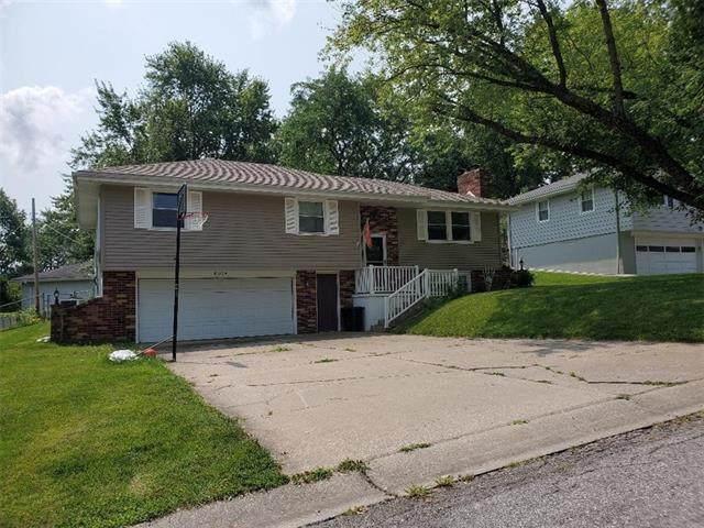 4814 Arrowhead Drive, St Joseph, MO 64506 (#2338315) :: The Kedish Group at Keller Williams Realty