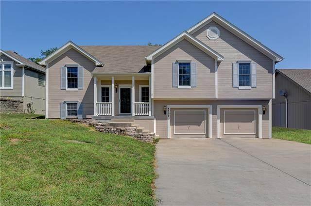 8300 NW 76th Terrace, Kansas City, MO 64152 (#2338430) :: Eric Craig Real Estate Team
