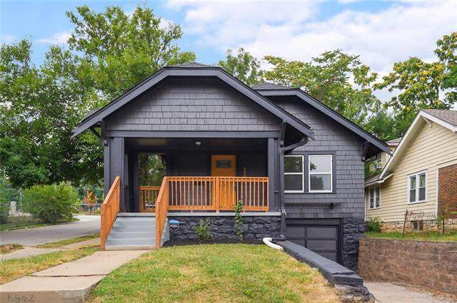 5942 Forest Avenue, Kansas City, MO 64110 (#2338486) :: Five-Star Homes