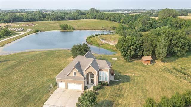 924 E 1938th Road, Eudora, KS 66025 (#2338585) :: Dani Beyer Real Estate