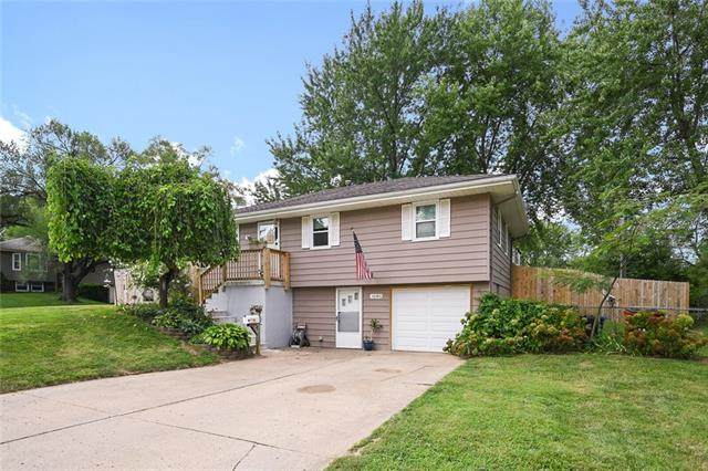 16380 E 34 Street S, Independence, MO 64055 (#2338744) :: Ron Henderson & Associates