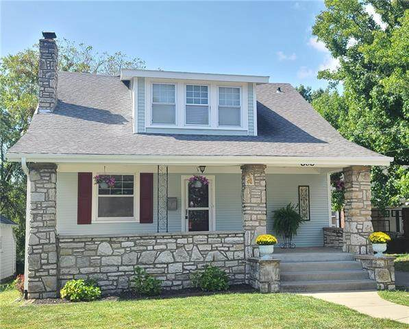 808 Old Orchard Avenue, Excelsior Springs, MO 64024 (#2338996) :: The Rucker Group
